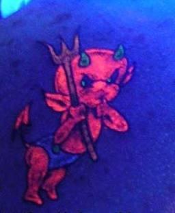 Фото татуировок светящихся в ультрафиолете - UV tattoo